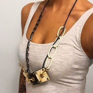 GOLD BLACK LONG CHAIN STATEMENT NECKLACE